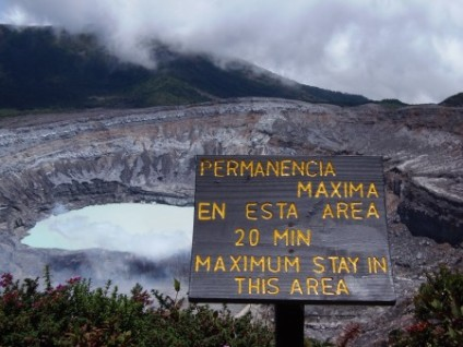 poas-costa-rica-volcan-poas-e1438218371921