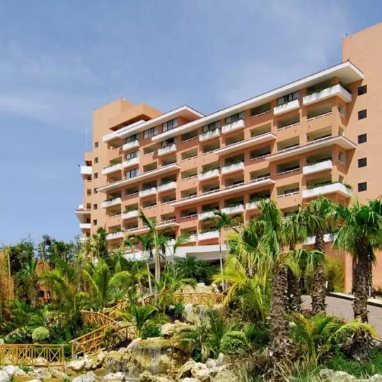 cancun-omni-cancun-hotel-exterior